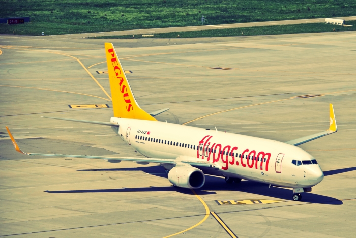Pegasus Airlines Boeing 737-800_flickr_Aero Icarus_(CC BY-SA 2.0)