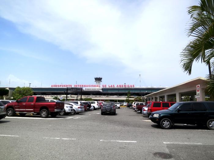 Las Américas International Airport_flickr_Daquella manera_(CC BY 2.0)