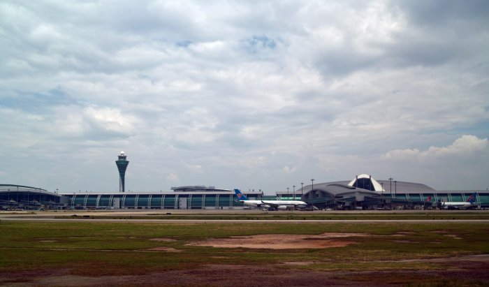 Baiyun International Airport Apron_Flickr_IIee_wu_(CC BY-ND 2.0)