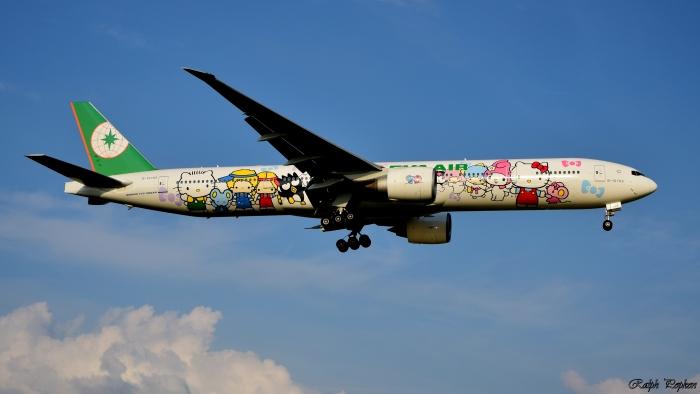 EVA AIR B777-300ER_flickr_ralphpopken_(CC BY-ND 2.0