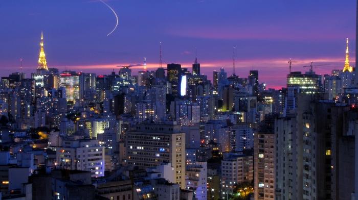 Sao Paulo_flickr_Julio Boaro_(CC BY-SA 2.0)
